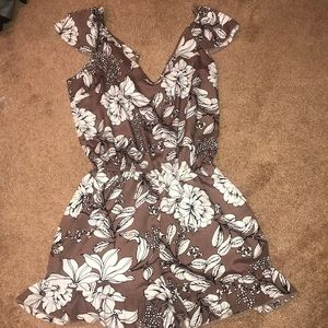 Charlotte Russe brown romper size small